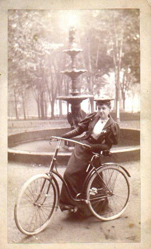 Woman_with_Bicycle_1890s