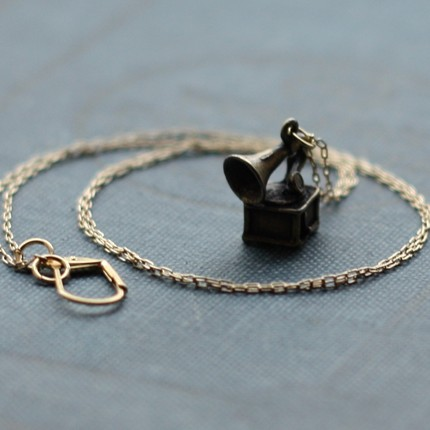 phonograph neckles