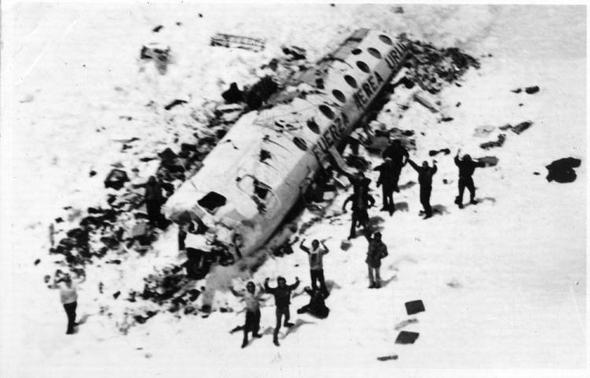 andes flight disaster01