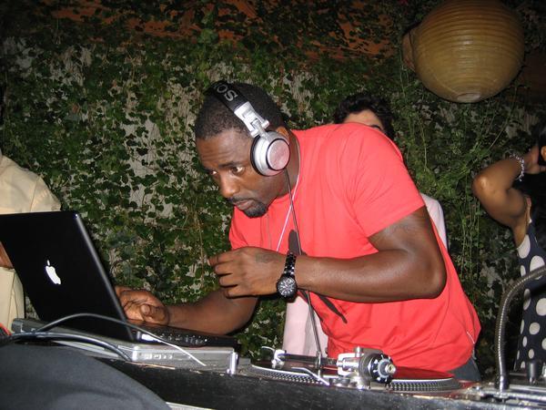 Idris Elba is a Club DJ