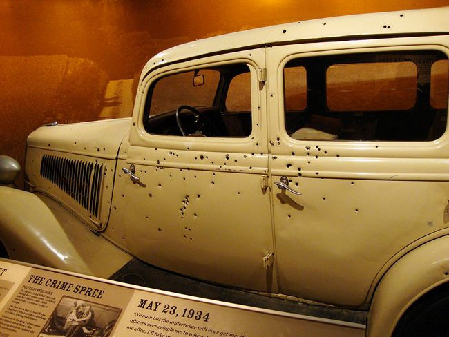 Bonnie and Clyde's Getaway Ford