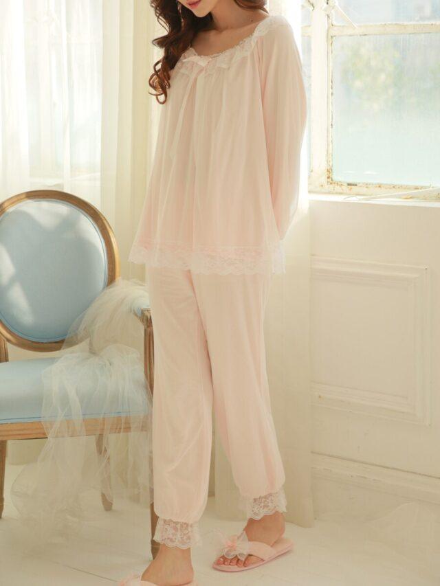 Why Wear Pajamas to Bed | Groenerekenkamer